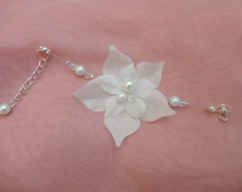 Wedding, baby girl bracelet, glass beads and silk flowers, Bridal wedding maid of honor