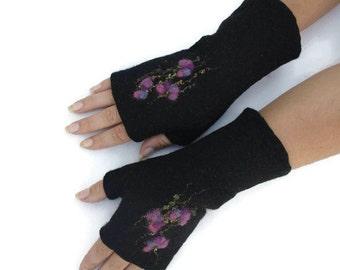 Felted fingerless gloves, wool hand warmers black , fingerless mittens, wrist warmers, winter fall spring gloves, gift for her