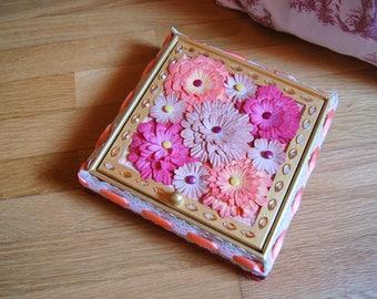Seasonal flowers jewelry box