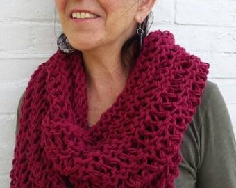 Burgundy Knit Infinity Scarf - Burgundy Knit Circle Scarf - Infinity Scarf - Burgundy Knit Scarf