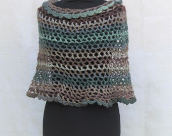 Crochet Capelet, Shoulder Wrap, Poncho in wool, mint & chocolate, made to order in any color