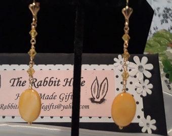 Yellow glass drop earrings