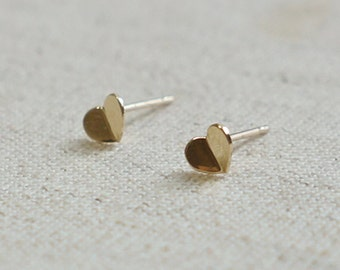 10K Gold tiny folded Heart earrings, solid Gold, 10k real Gold - TG039