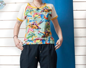 Short sleeve shirt Kinga - 'Colourful birds' organic mix