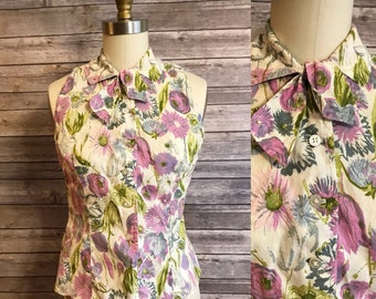 1950s Purple Floral Blouse / 50s Floral Print Sleeveless Tie Neck Shirt / XS Small Vintage Sleeveless Top