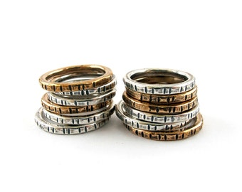 Notched stacking ring