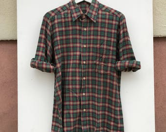 Mens plaid Green red Buttondown Shirt
