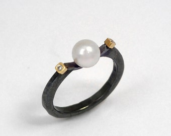 The artisan's ring. An oxidized silver pearl ring with two diamonds, Minimal ring, Patina ring, Gift for wife, hammered ring