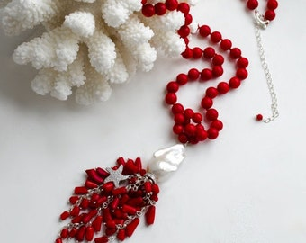 Coral tassel necklace with a large Baroque pearl