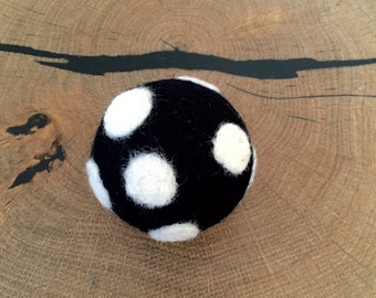 Australian Felted Organic Wool Machine Washable Palle Balls - Cat Toy Ball