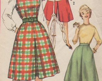 Bust 34-1960's Misses' Divided Skirt and Jumper With Divided Skirt Simplicity 3711 Size 14