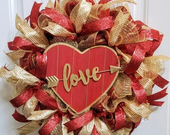 Red and Gold Valentine's Day Love Wreath