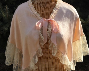"""ON SALE - Half off! Gorgeous 1940's Vintage Peach Silk and Lace Bed Jacket Lingerie by """"The J L Hudson Co - Negligee Shop"""""""