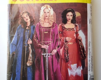 Medieval womens costumes / Guinevere dress/plus size costume cosplay 2002 sewing pattern, Size 14 16 18 20, bust 36 38 40 42, McCalls P306