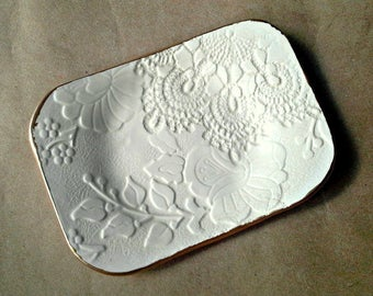 OFF WHITE Ceramic Lace Jewelry Dish Soap dish jewelry holder   gold edged