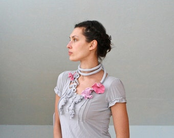 PDF pattern for Crocheted Flower Belt or Neckpiece. Permission to Sell Finished Items