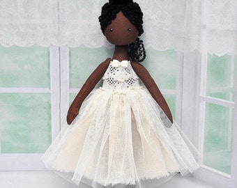 poupée ballerine noir, poupée tissu, poupée de chiffon