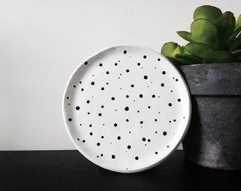 Black and white dots plate - Ring dish - Trinket dish - Jewellery dish