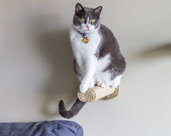 1 Pack Cat Scratching Post / Wall mounted