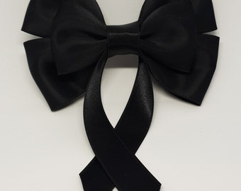 Black Swallow Tail Hair Bow