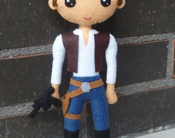 PDF pattern to make a felt dolls inspired in Han Solo