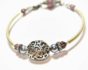 Filigree bracelet bronze / brass bangle floral / bangle with clasp / red and silver bracelet / vintage beaded bracelet / brass bracelet