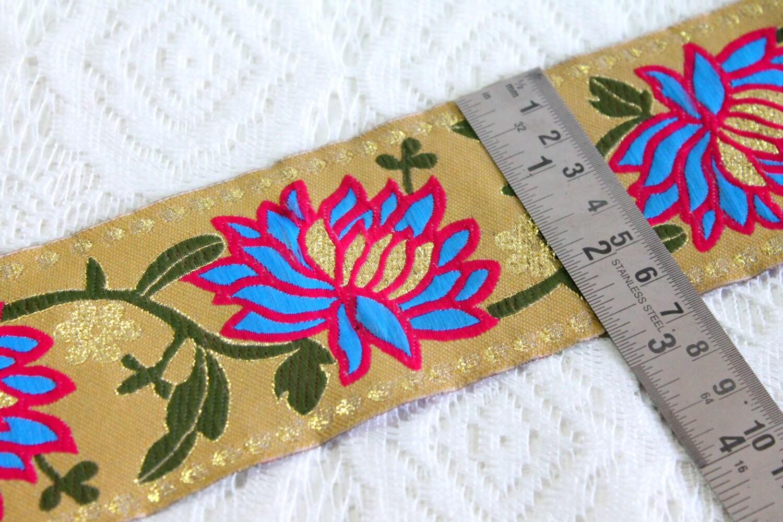 Floral Leaf Vine Design Jacquard Trim Silk Saree Border