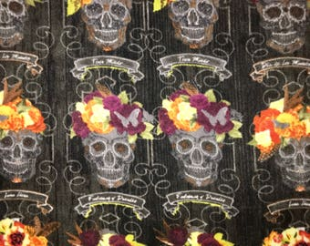 Fabric Listing Only - Sugar Skulls Dia De Los Muertos Anti-Pill Fleece Fabrica-Sugar Skulls Flowers Black Fleece-Material - 46 x 58