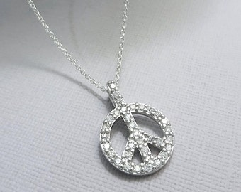 Peace Sign Necklace, Small Peace Sign Necklace, Peace Necklace, Gift for Her, Casual Necklace, Layering Necklace, Gift for Her