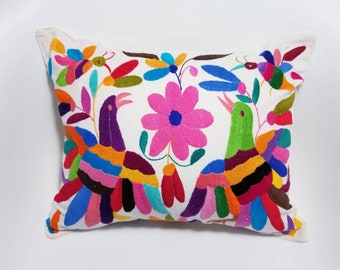 Pillow Otomi