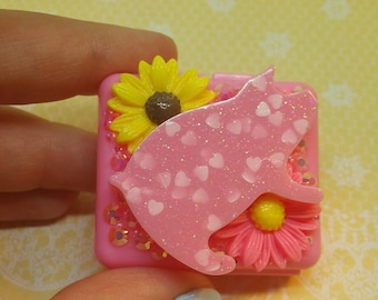 Pink Piggy Pillbox