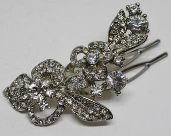 Sparkling silver tone and crystals hair clip