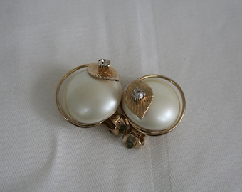 Rhinestone and Pearl Button Earrings