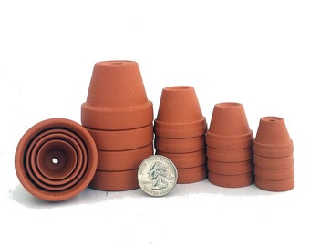 "20 - Assorted Size Clay Pots - 7/8"",1 1/8"",1 3/8, 1 3/4"" - Plants & Crafts"