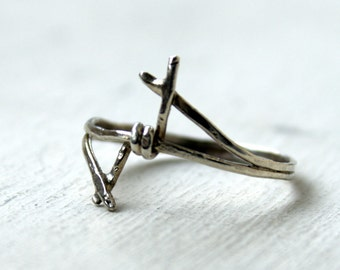 Thorn ring Sterling silver - Knuckle ring - Stackable ring - Punk goth