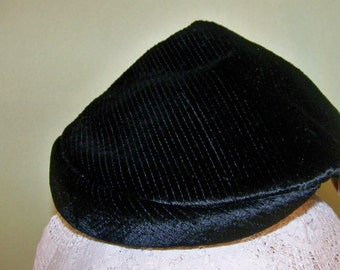 1950's Vintage Black Textured Cut Velvet Hat - Avalon