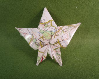 Recycled paper jewellery, recycled paper gifts, recycled paper, fall leaves jewellery, origami jewellery, origami gifts, paper brooch,