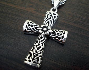 Silver mens necklacemens cross pendantmens cross silver mens necklacemens cross necklaceceltic cross pendantsilver cross pendant aloadofball Gallery