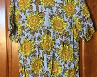 Vintage Sunflower Short Sleeve Shirt L