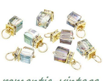 2 charms, multicolor Crystal, faceted cubes and gold tone 20 * 9mm