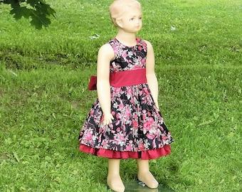 Flower girl dress burgundy. Black and red flower girl dress. Girls floral print dress.Toddler girls christmas dress. Girls christmas dress.