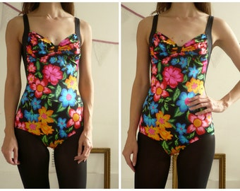 1980's Bold Floral Print Low Back Swimsuit Size XS/ Small