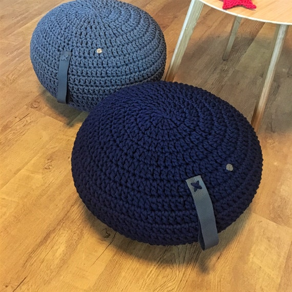 knitted pouf stop time sit down and have a rest. Black Bedroom Furniture Sets. Home Design Ideas