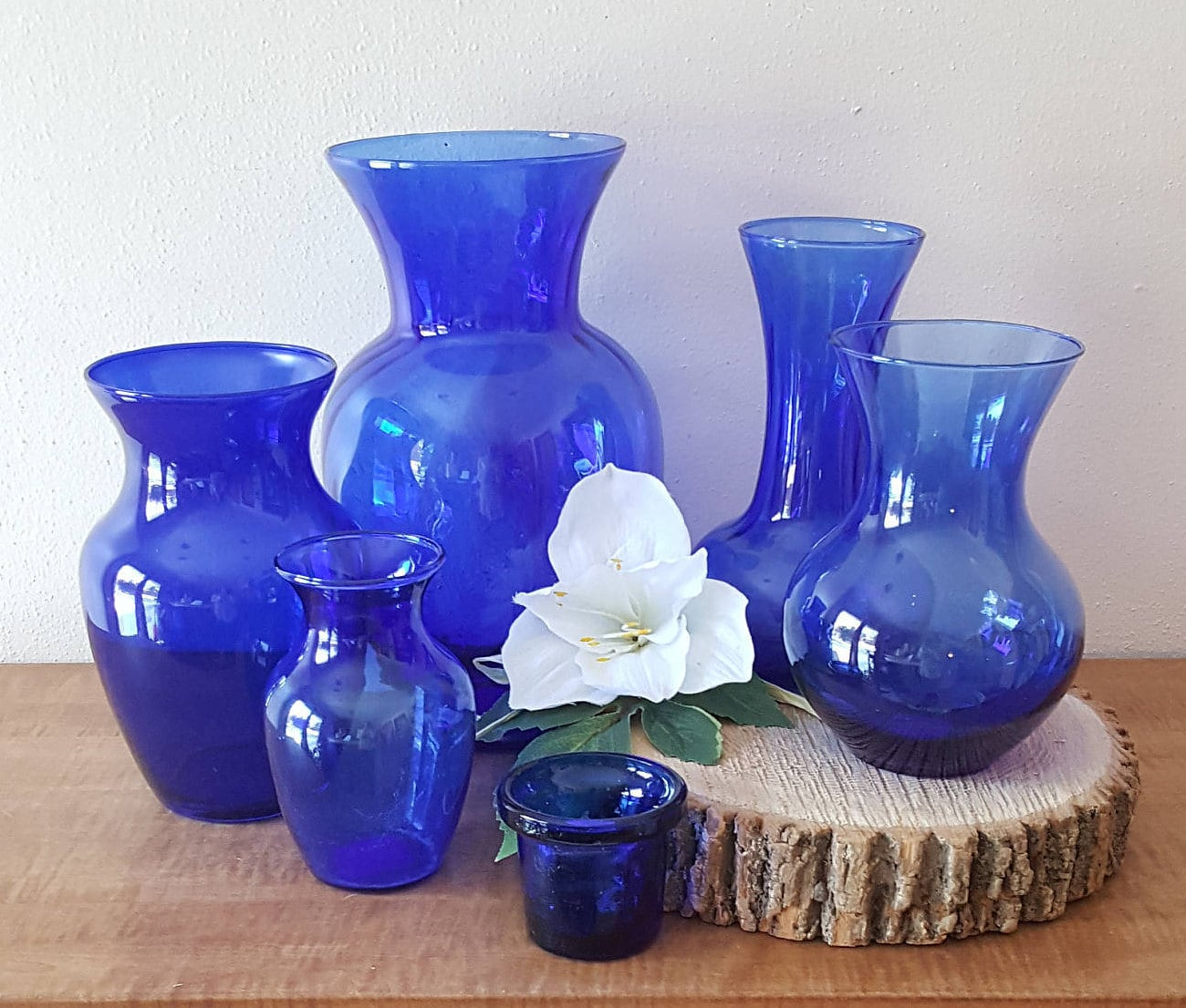 Cobalt blue vase blue glass vaseswedding vasescobalt blue zoom floridaeventfo Image collections