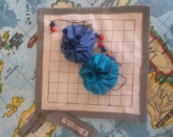 Go, strategy game . Begginers board and counters