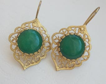 Antique Earrings with handmade emerald stone
