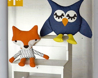 Stuffed Owl and Fox / Original Simplicity Uncut Sewing Pattern S0767