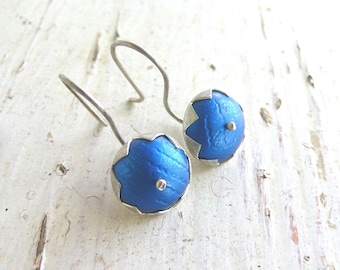 Bud earrings in sapphire blue, anodised aluminium and sterling silver
