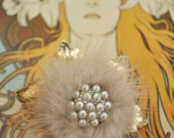 Vintage 50s Blonde Mink Brooch with Seedpearls