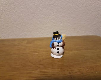 Ceramic small Snowman with Broom (#485)